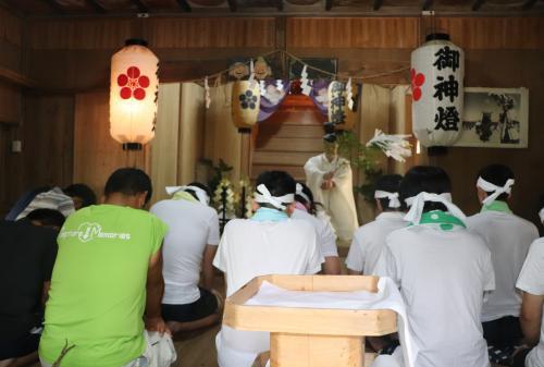 台風接近のためお神輿は海に入りませんでした